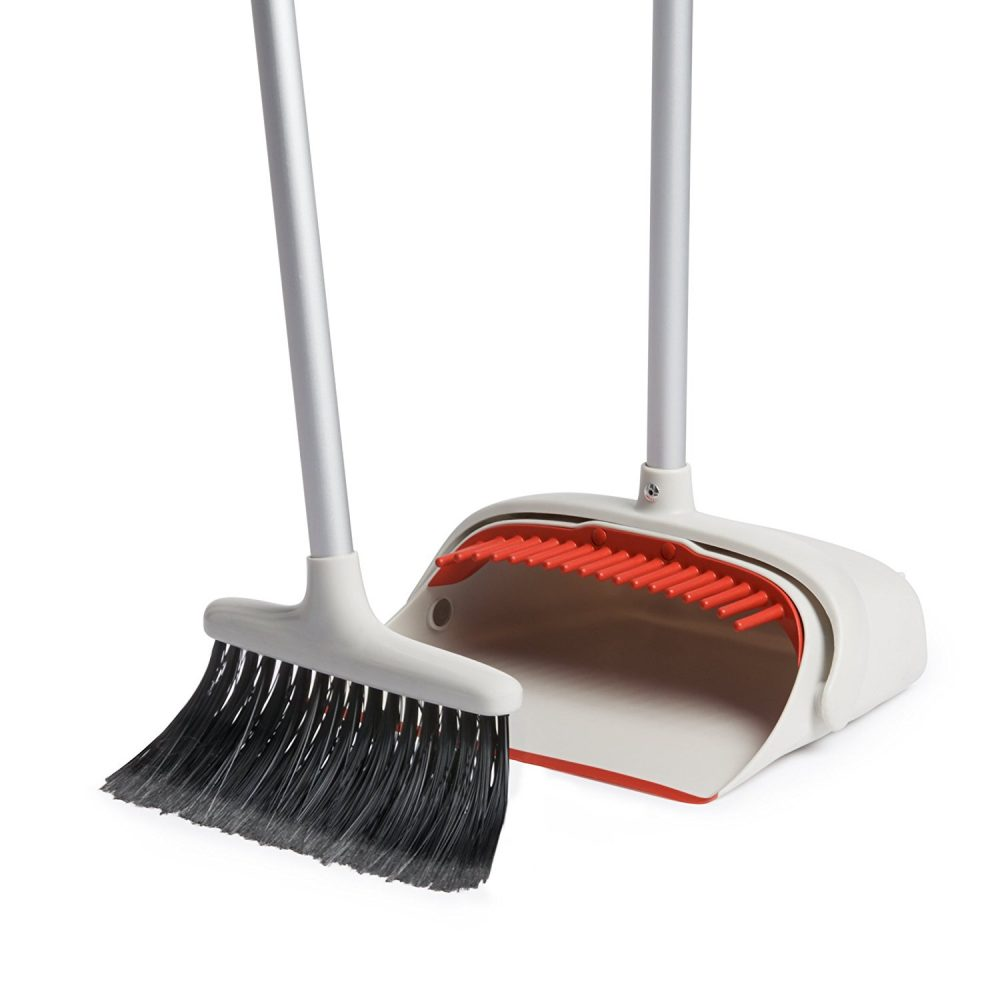 OXO sweep Set - Why it is my favorite Broom. The best broom set for the frum jewish woman.