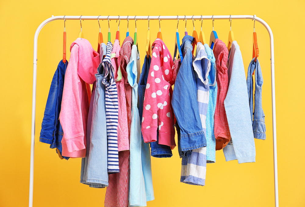 Do You Do Hand-Me-Downs? Make Giving and Receiving Work for You. What do you do with clothing when no one will be wearing it soon? And how do you organize that clothing you receive?