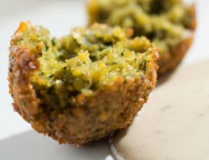 These Falafel Balls Are Way Better Than Anything You've Made from the Box