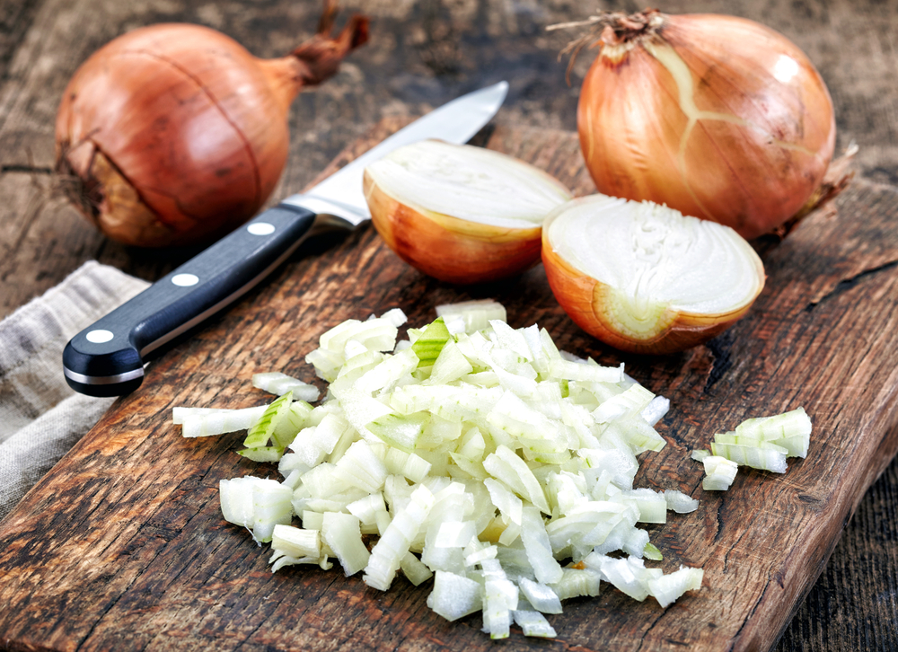The Easiest No-Pot Way to Saute Lots and Lots of Onions. Want lots of golden onions and not a pot to clean? You can caramelize them in the oven.