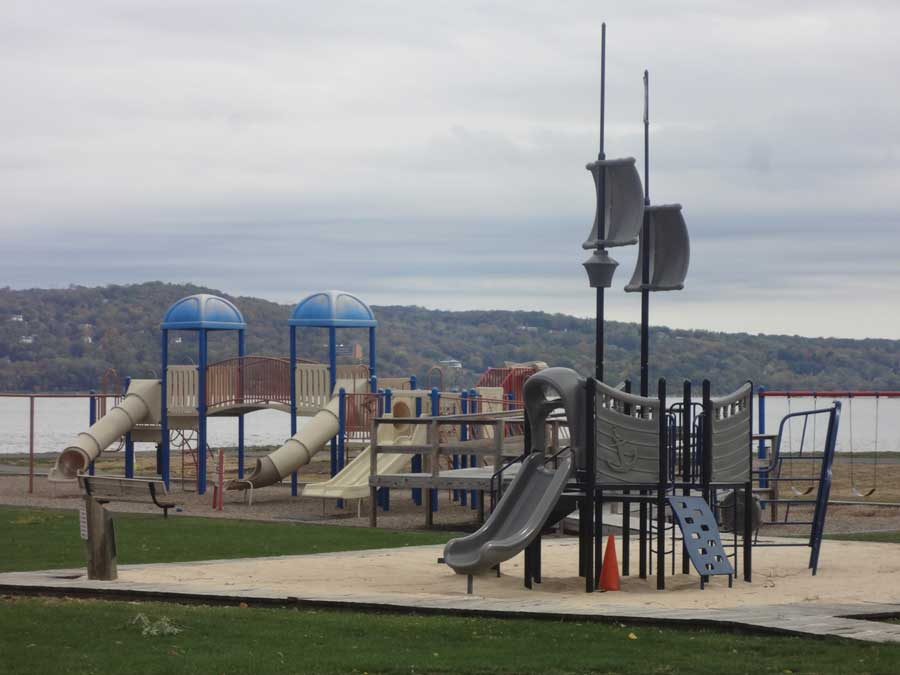 Bowline Point Park: Haverstraw, NY There are three playgrounds and volleyball courts at this scenic park adjacent to the Hudson River. Each playground is geared to different ages, with one playground that is handicap accessible, and one especially for the toddlers.