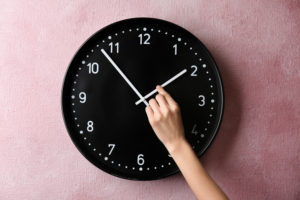 How to Get That Extra Hour of Sleep During the Fall Clock Change— Even Though You Have Kids!
