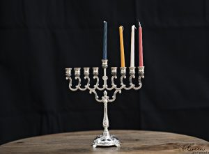 The Easy Way to Avoid Melted Wax Stuck to the Menorah