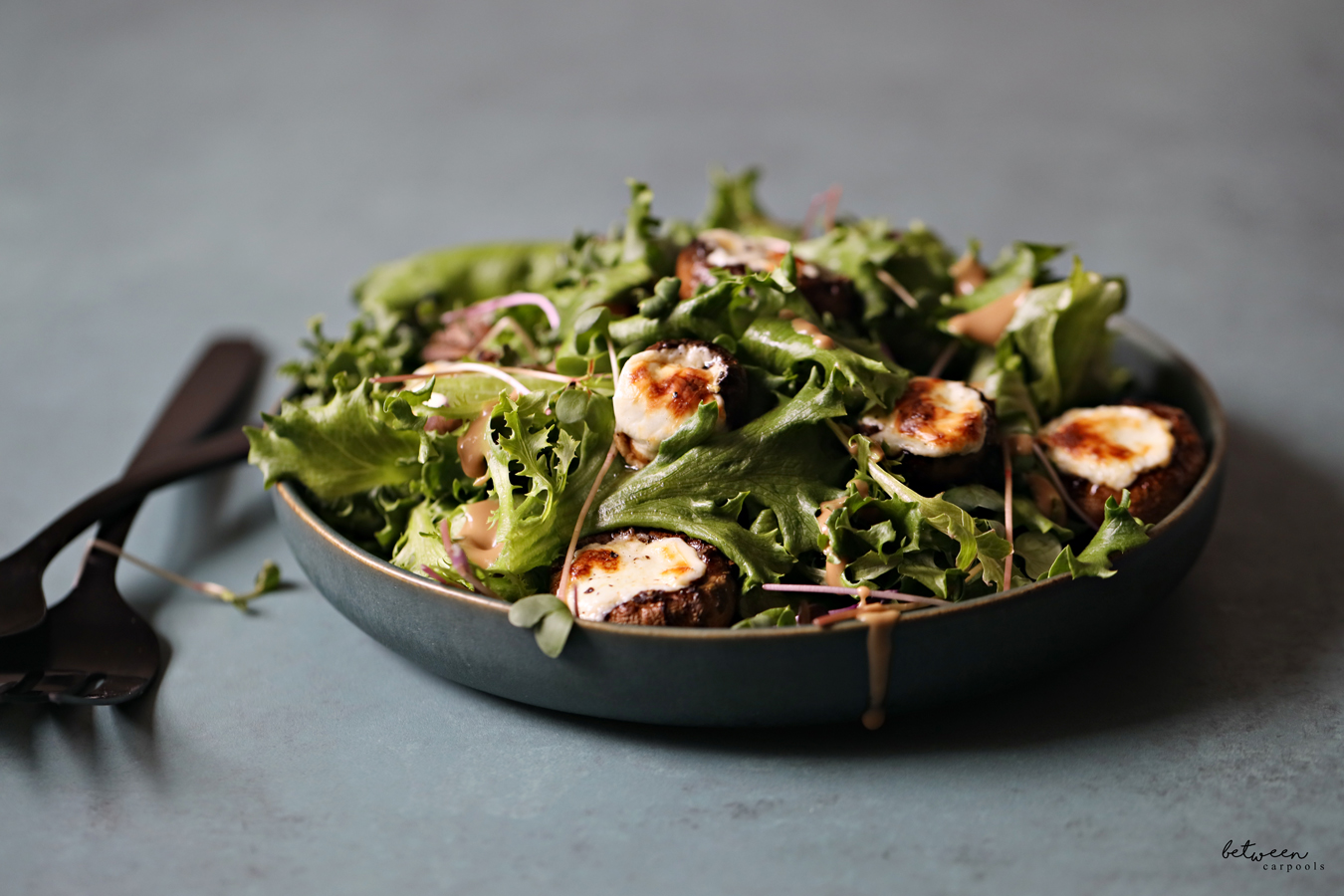 cheese stuffed mushrooms salad