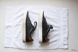 The Best Way to Clean The White Soles of Your Shoes