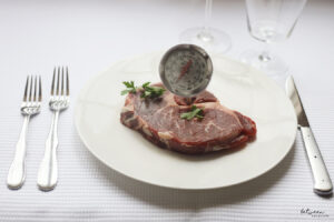 How to Serve a Perfectly Cooked Steak on Shabbos
