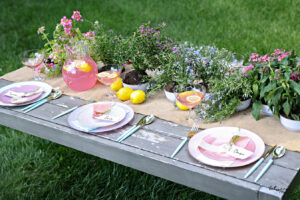 Our Beautiful Shalosh Seudos Tablescape Is Easy to Recreate